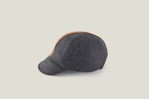 TRVR Cap GREY-LEATHER