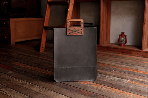 WOOD & LEATHER TOTE