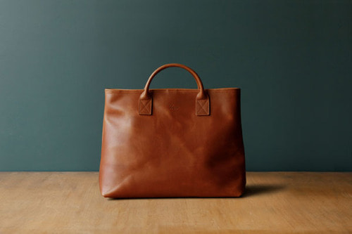 TRVR DAY LEATHER TOTE_TANNED
